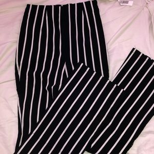 Flarred cropped pants